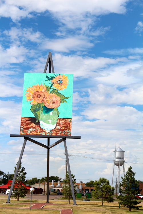 World's biggest easel in Goodland, Kansas