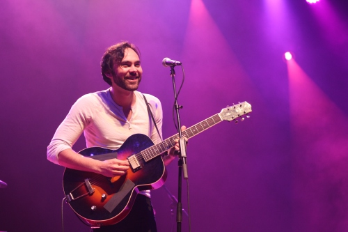 Shakey Graves was all smiles last night at the State Theatre