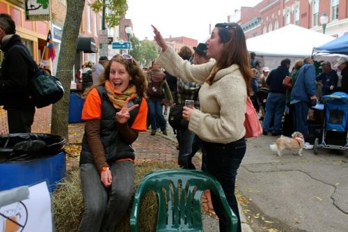 So many Gardiner Main Street volunteers on the scene! Thanks, All!
